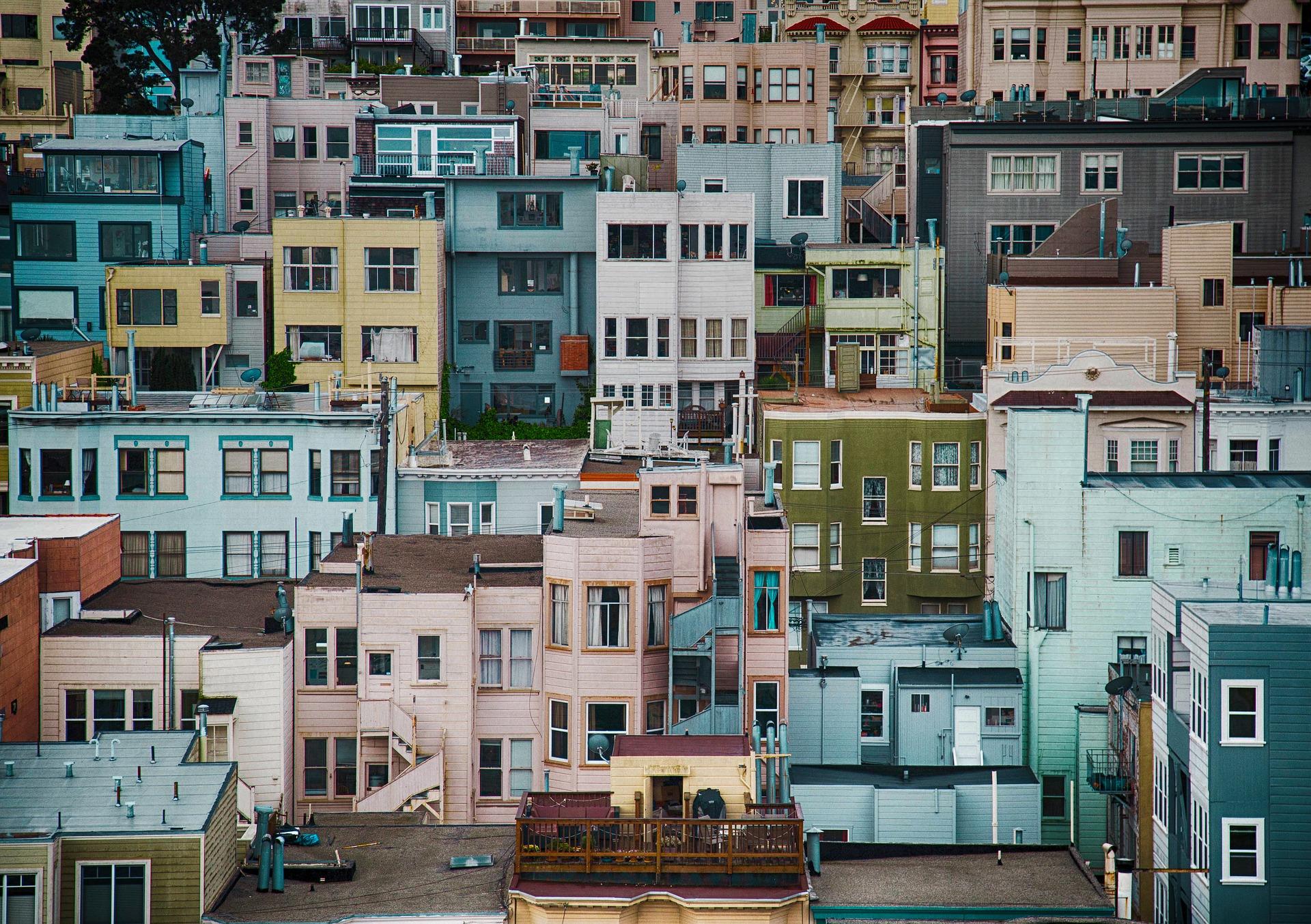 Město budovy byty