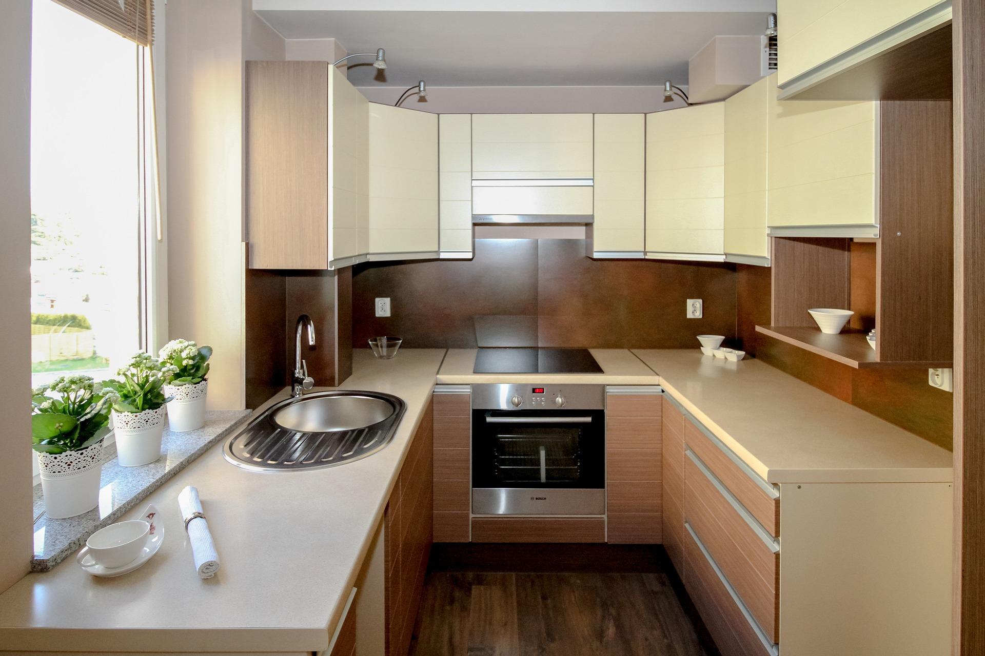 Panelový dům kuchyň