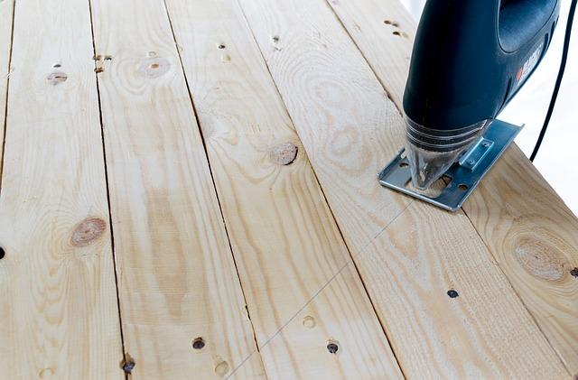 řezání dřeva.jpg