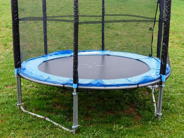 síť na trampolíně.jpg