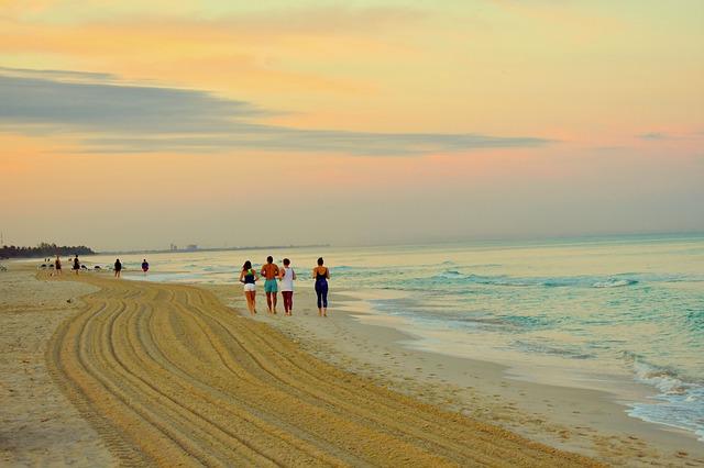 běhání na pláži